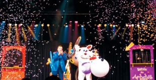 Spectacle de magie et ventriloque avec père-Noël à Evian (74)