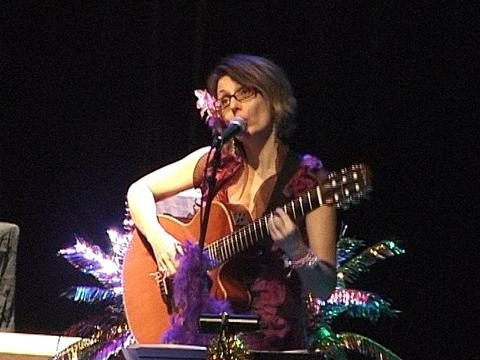 Léa, chanteuse